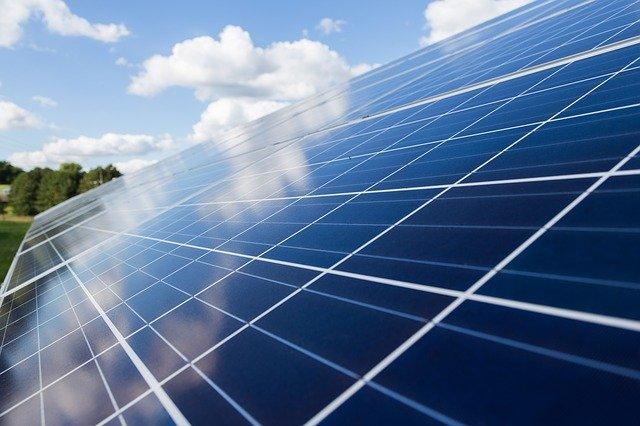photovoltaic-2814504_640